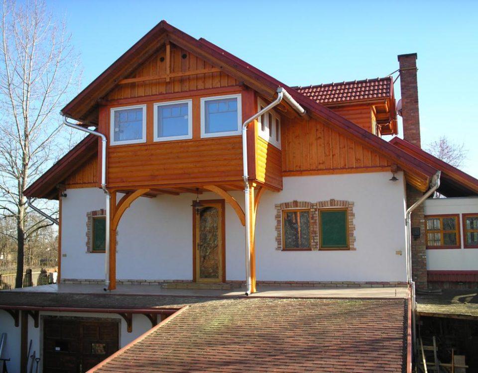 Doboka Kft., Hódmezővásárhely - könnyűszerkezetes épületek, gerendaházak és faházak készítése