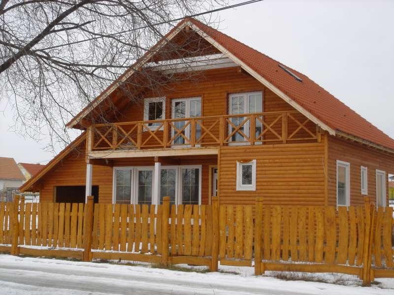 Faház Kft., Bölcskei Ferenc, Monor - szendvicsszerkezetű házak építése